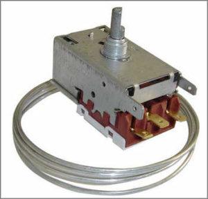 Электромеханический термостат холодильника